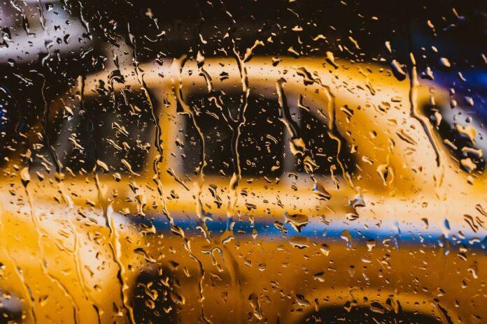 Sağlıkçılara Ücretsiz Taksi